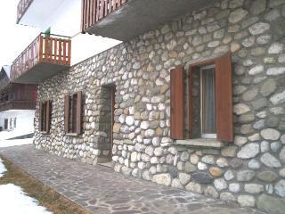 Cozy 2 bedroom Sappada Condo with Television - Sappada vacation rentals