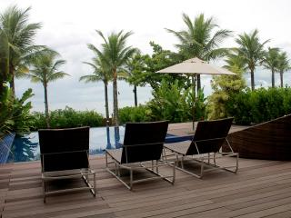 Bright 4 bedroom Maresias House with Internet Access - Maresias vacation rentals