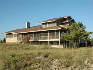 Bright 6 bedroom Pawleys Island House with Deck - Pawleys Island vacation rentals