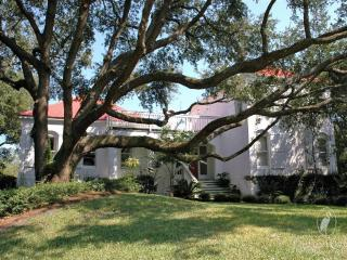 Bright 4 bedroom Pawleys Island House with Deck - Pawleys Island vacation rentals