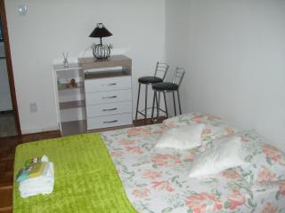 Comodidade e Segurança no Centro de BH - Belo Horizonte vacation rentals
