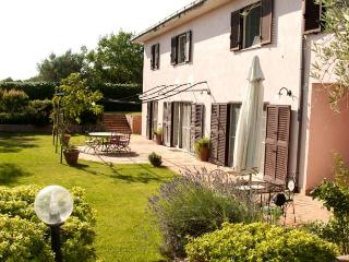 Romantic 1 bedroom Formello Villa with Shared Outdoor Pool - Formello vacation rentals