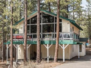 Classic Charm in South Lake Tahoe – Views of the Heavenly Mountain Slopes! - South Lake Tahoe vacation rentals
