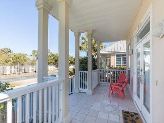 20% Off 5 Nights or More Feb-May 26th! Charming home 2 blocks from the beach - Miramar Beach vacation rentals