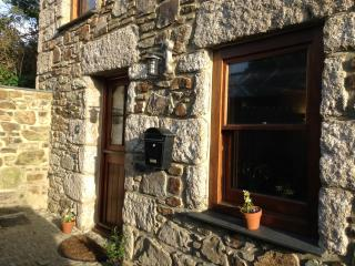 1 bedroom Cottage with Internet Access in Hayle - Hayle vacation rentals