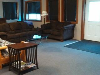 3 bedroom Apartment with Long Term Rentals Allowed in Crosslake - Crosslake vacation rentals