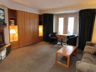 1 Bedroom Condo | Lake Louise Inn, Lake Louise - Lake Louise vacation rentals