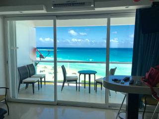 Nice Cancun Apartment rental with Children's Pool - Cancun vacation rentals