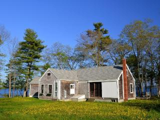 NEW: Oceanfront Cottage in Freeport w/ 2016 Dates - Freeport vacation rentals