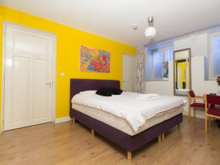 Nice Amsterdam Studio rental with Internet Access - Amsterdam vacation rentals