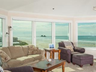 Comfortable Condo with Microwave and Waterfront - Rockaway Beach vacation rentals