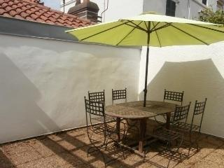 Beautiful Condo with Television and Central Heating - Biarritz vacation rentals