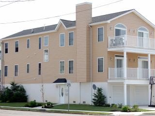 Perfect family vacation home in Wildwood - Wildwood vacation rentals