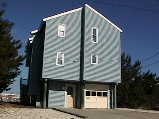 Bayfront House - 3 Bedroom, Central A/C & Dock - Long Beach Township vacation rentals
