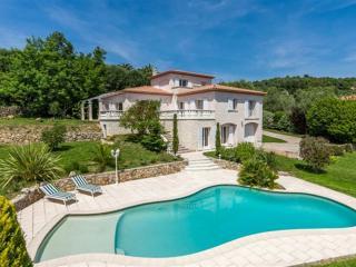 Superbe VIlla  4ch, 3 Sdb, Piscine, - Le Rouret vacation rentals