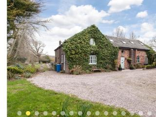 Grade 2 Listed Detached Barn in idyllic setting - Thelwall vacation rentals