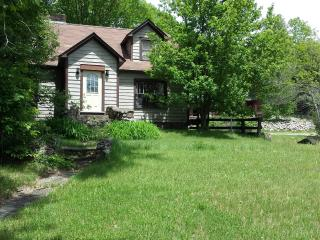 Athol House. Hunters' / Party Spot - Athol vacation rentals
