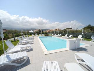 Nice Resort with Deck and Internet Access - Campofelice di Roccella vacation rentals