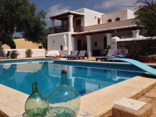 CHARMING HOUSE CLOSE TO LAS DALIAS - Sant Carles de Peralta vacation rentals
