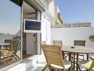 3br with balcony gordon beach with parking - Tel Aviv vacation rentals