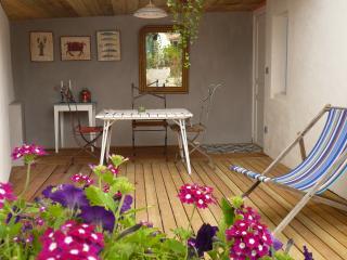 Maison d'hôte de charme à 50 m de la mer - Sainte Marie de Re vacation rentals