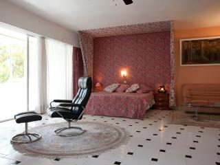 Luxury  Suite in Beachside Location - Elviria vacation rentals