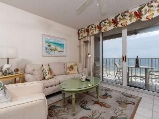 IP 709:TOP FLOOR, VERY COMFORTABLE,RESERVED PARKING, GREAT UPGRADES FREE WIFI - Fort Walton Beach vacation rentals