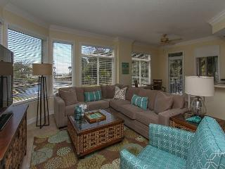 1106 SeaCrest-Oceanviews, walk to dining, shopping & activities. - Hilton Head vacation rentals