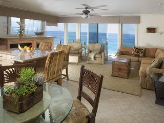 2 bdrm, Luxury on the waters edge- Village location. - Laguna Beach vacation rentals