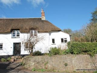 Little Haven, Alcombe - Sleeps 4 - Exmoor National Park - edge of Minehead - Minehead vacation rentals