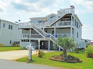 Adorable 5 bedroom Kitty Hawk House with Deck - Kitty Hawk vacation rentals