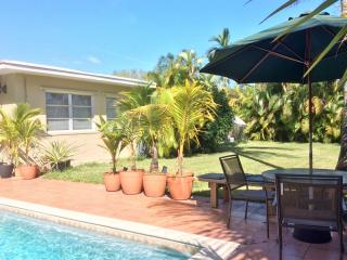 Lovely South Miami/Coral Gables area home w/pool - Coconut Grove vacation rentals