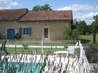 Holiday Gite with swimming pool in Dordogne - Sourzac vacation rentals