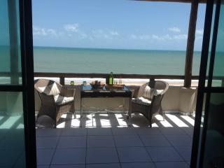 Duplex apartment 'right on the beach' - Cumbuco vacation rentals
