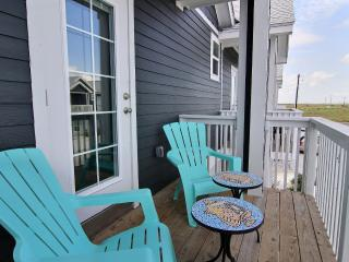 BB's Beach Getaway - Walk To Beach Close To Fishing, Boating, Fun! - Corpus Christi vacation rentals