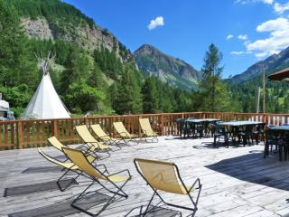 Nice Bed and Breakfast with Balcony and Microwave - Uvernet-Fours vacation rentals