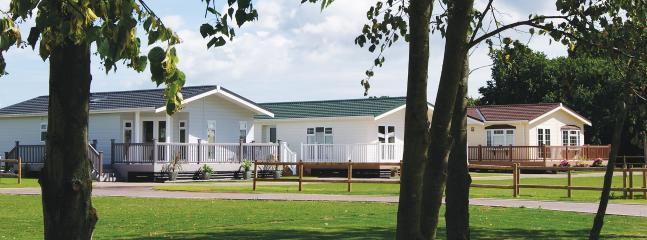 3 Bedroom Signature Lodge at Elm Farm - Clacton-on-Sea vacation rentals