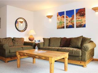 3 bedroom Condo with Fireplace in Moab - Moab vacation rentals