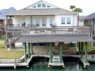 Convenient 5 bedroom Port O Connor House with Internet Access - Port O Connor vacation rentals