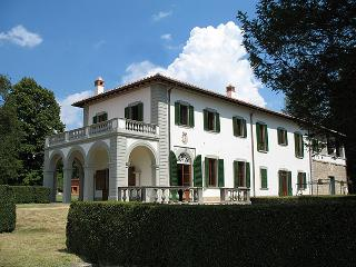 Beautiful Villa with Internet Access and Balcony - Vicchio vacation rentals