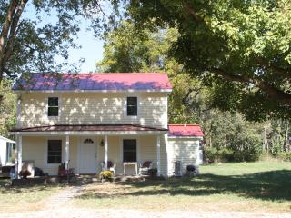 RockyBar Retreat- 3 BR, 2 Bath on Shenandoah River - Elkton vacation rentals