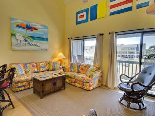 2 bedroom Condo with Internet Access in Emerald Isle - Emerald Isle vacation rentals