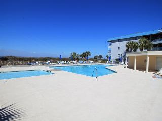 Savannah Beach and Racquet Club Condos - Unit B103- Water View - Swimming Pool - Tennis - FREE Wi-Fi - Tybee Island vacation rentals