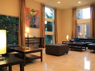 Furnished 5-Bedroom Home at Culver Dr & Michelson Dr Irvine - Irvine vacation rentals