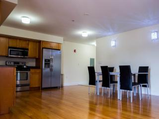 1 bedroom Apartment with Internet Access in Palisades Park - Palisades Park vacation rentals