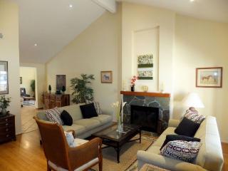 Furnished 3-Bedroom Home at Bushard St & Banning Ave Huntington Beach - Huntington Beach vacation rentals