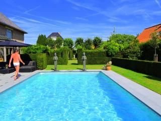 B&B Wellness Frangipani Bali Waregem - Waregem vacation rentals