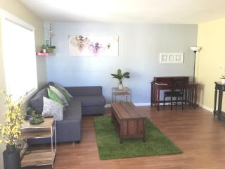 Pets OK! Parking. BART. Laundry. 2br Private Apt. - Richmond vacation rentals