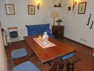 """Casa Vacanze """"Il nido"""" - Vallerano vacation rentals"""