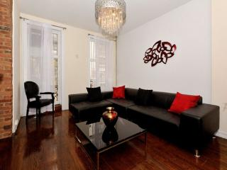 Grand 4BR/3BA Triplex with Outdoor Space- Gramercy (100% Legal) - New York City vacation rentals